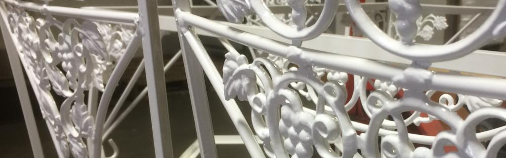 motif-furniture